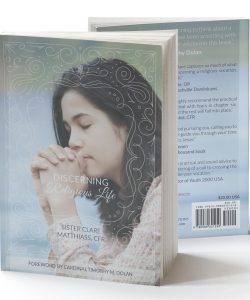 Discerning Religious Life cover